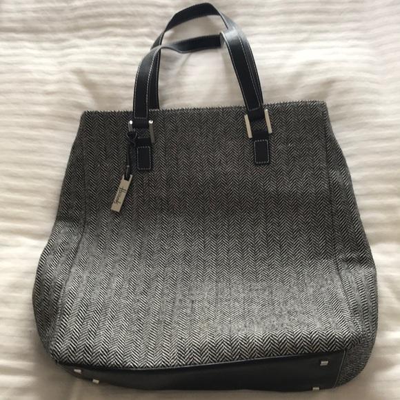07717e96c4 harrods Handbags - Harrods Houndstooth bag